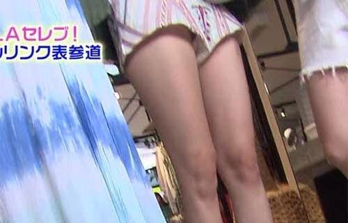 【パンチラキャプ画像】思いっきりパンツ見えてるのに編集でも隠してもらえなかった女性タレント達ww 19