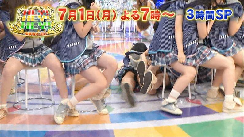 【マン筋キャプ画像】テレビでマンコの割れ目がくっきり分かっちゃったww 14