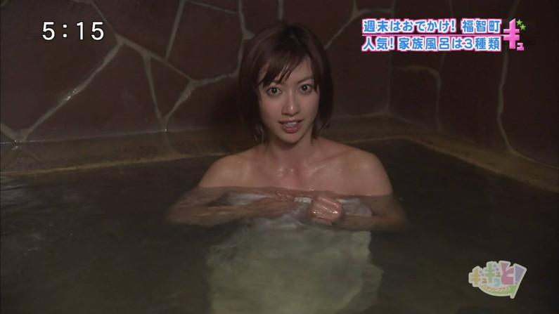 【温泉キャプ画像】もっと温泉に行こうに匹敵するほどのエロ番組、橋本マナミのお背中流しましょうか!がポロリ狙いすぎてワロタww(その他画像あり) 13