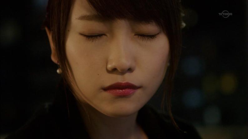 【キスキャプ画像】見てるだけでこっちがドキドキしちゃうタレントのキス顔やキスシーンww 16