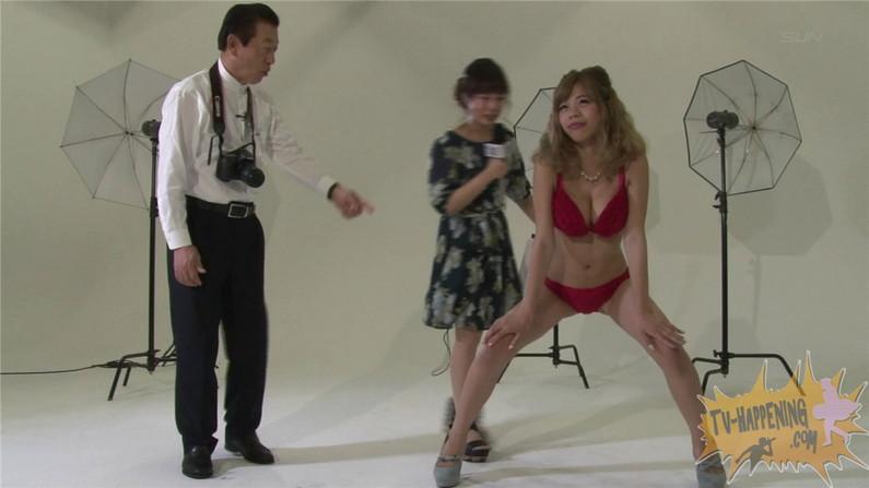 【お宝エロ画像】ケンコバのバコバコTVで美女の水着がやばい事になってるww 28