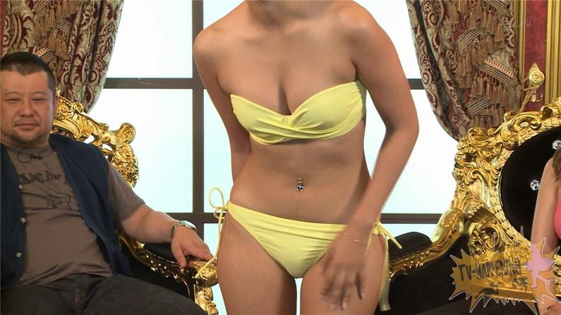 【お宝エロ画像】ケンコバのバコバコTVで美女の水着がやばい事になってるww 47