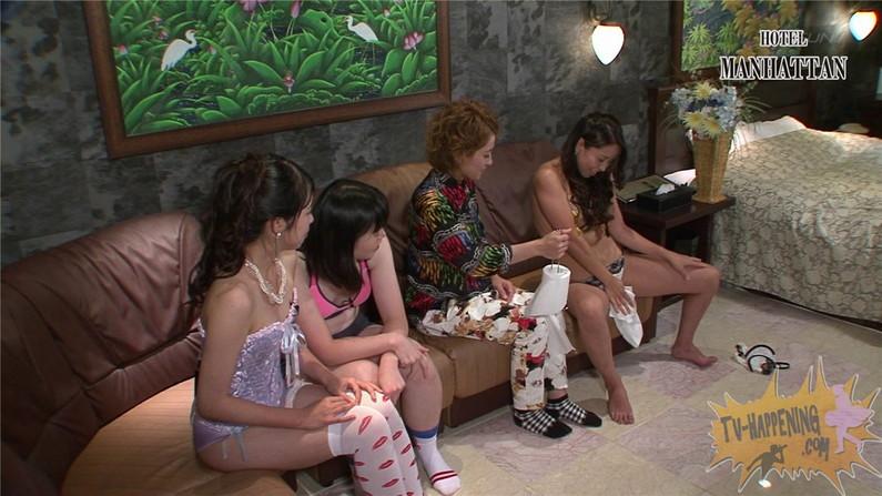 【お宝エロ画像】今回のバコバコTVはコスプレ祭!エロいコスプレイヤーがオッパイ見せに来てるぞw 11