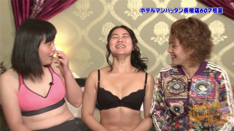 【お宝エロ画像】バコバコTVに出てくるTバックのお尻と巨乳オッパイがエロくてケンコバ羨ましすぎww 05