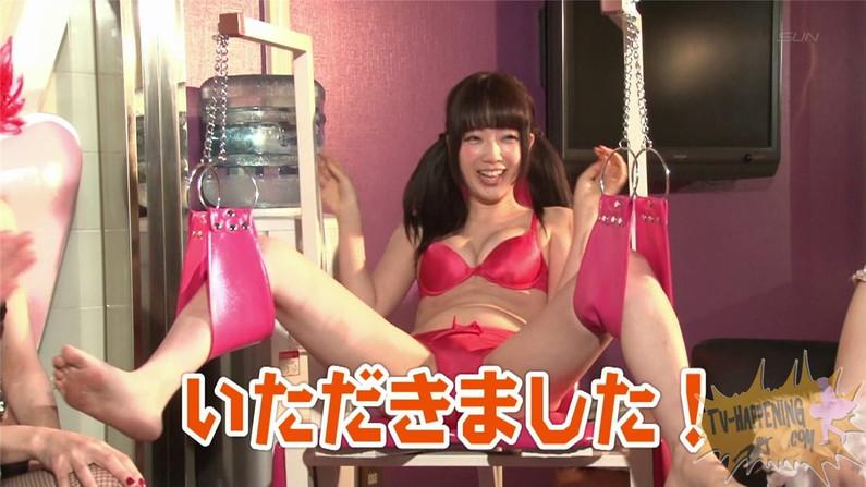 【お宝エロ画像】バコバコTVに出てくるTバックのお尻と巨乳オッパイがエロくてケンコバ羨ましすぎww 27