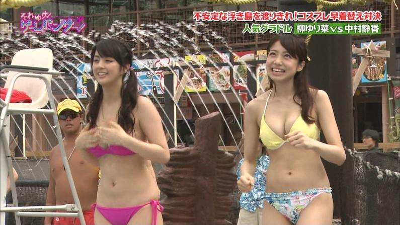 【オッパイキャプ画像】圧巻!やっぱ巨乳アイドルの水着姿はエロすぎたww 11